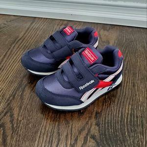 Reebok Navy Sneakers Size 9